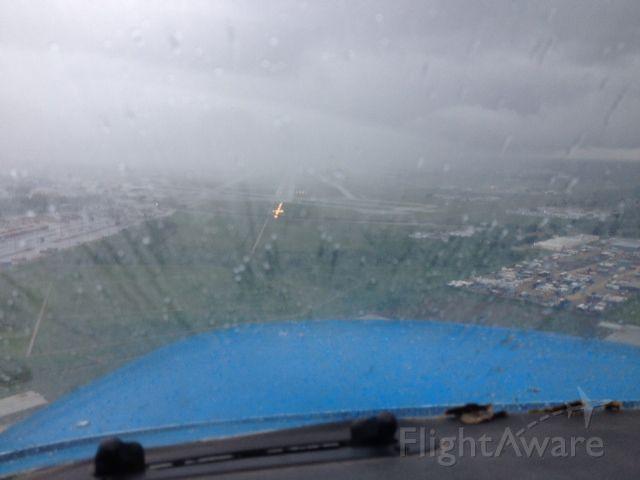 Cessna Skyhawk (N64367) - Runway 4 HOU, 800 ovc,