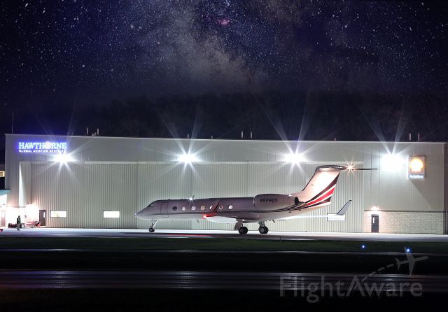 Gulfstream Aerospace Gulfstream V (N528QS) - Long exposure.