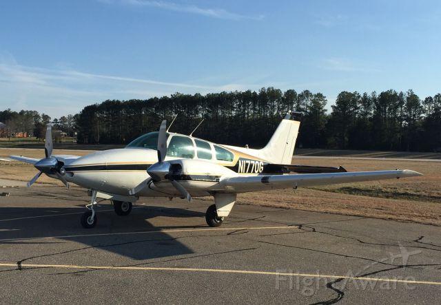 Beechcraft 55 Baron (N1770G) - N1770G at Washington, GA