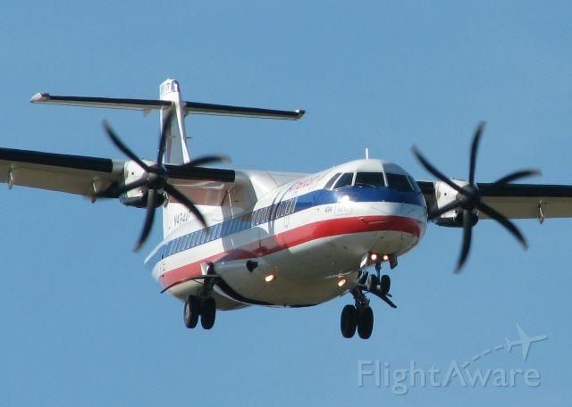 ATR ATR-72 (N494AE) - Landing at Shreveport Regional.