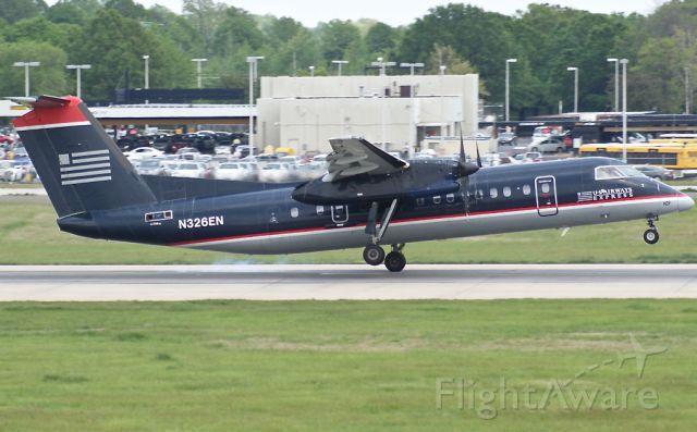 de Havilland Dash 8-300 (N326EN)