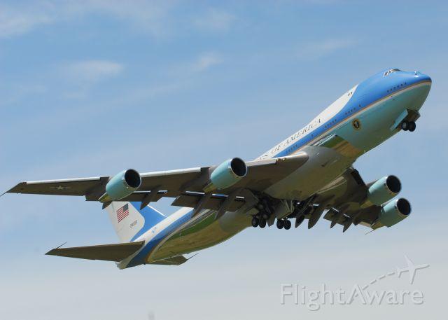 Boeing 747-200 (N28000) - AF1