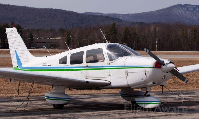 Piper Cherokee (N2114J)