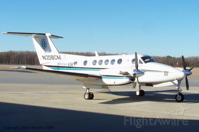 Beechcraft Super King Air 200 (N209CM)