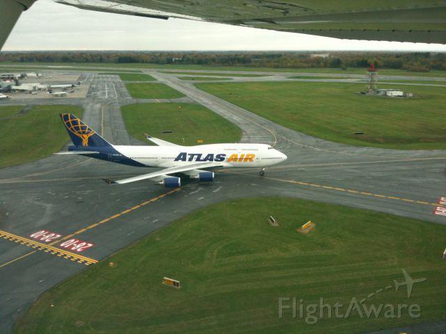 Boeing 747-400 (N194UA) - N194UA KSYR