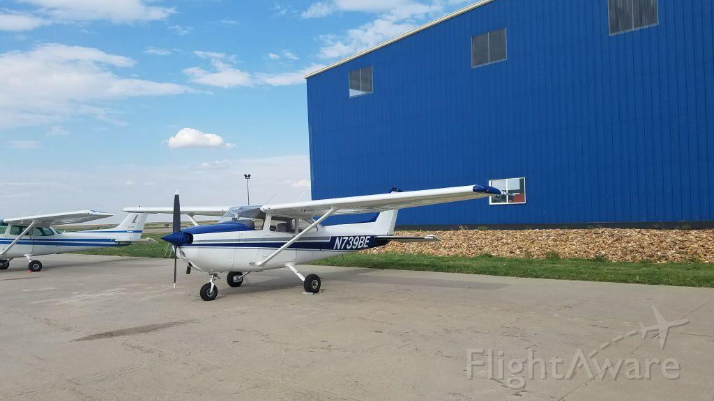 Cessna Skyhawk (N739BE)