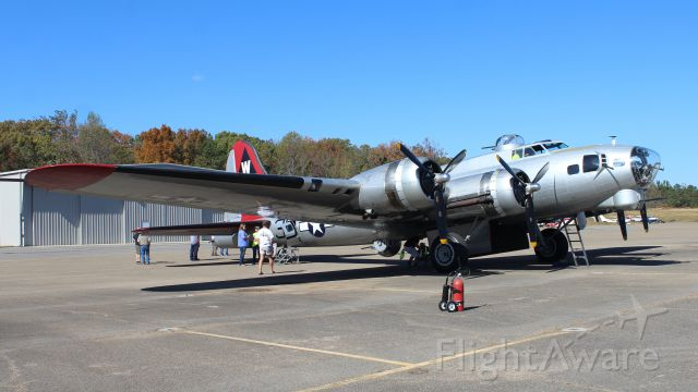 Boeing B-17 Flying Fortress (2102516) - The EAA