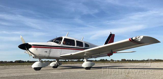 Piper Cherokee (N1198X)
