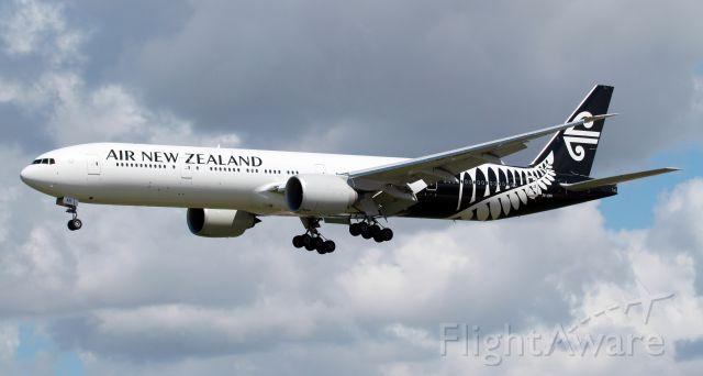 BOEING 777-300ER (ZK-OKR) - Short Final To Rwy 16R