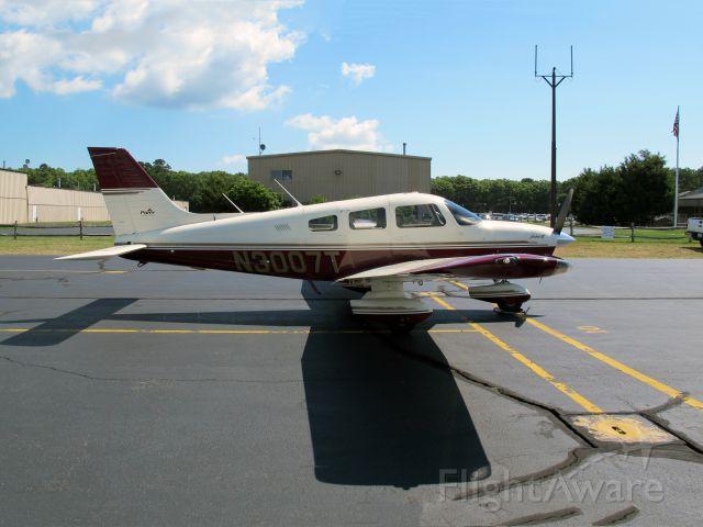 Piper Cherokee (N3007T)