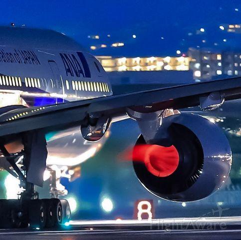 BOEING 777-300ER (JA736A) - Feel the Burn!!