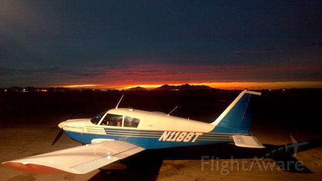 Piper Cherokee (N1188T)