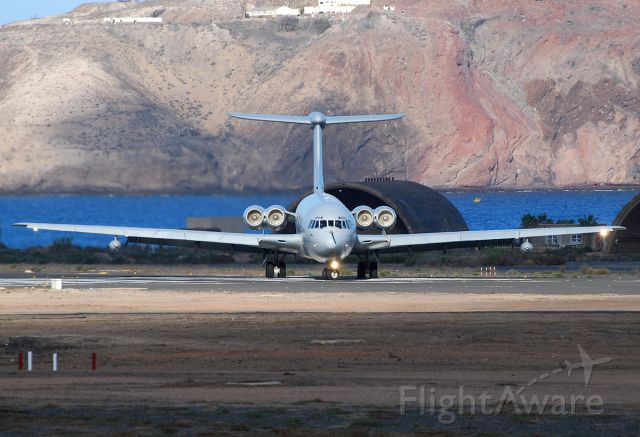 VICKERS VC-10 —