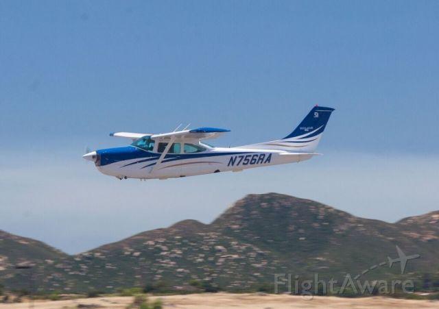 Cessna Skylane (N756RA)