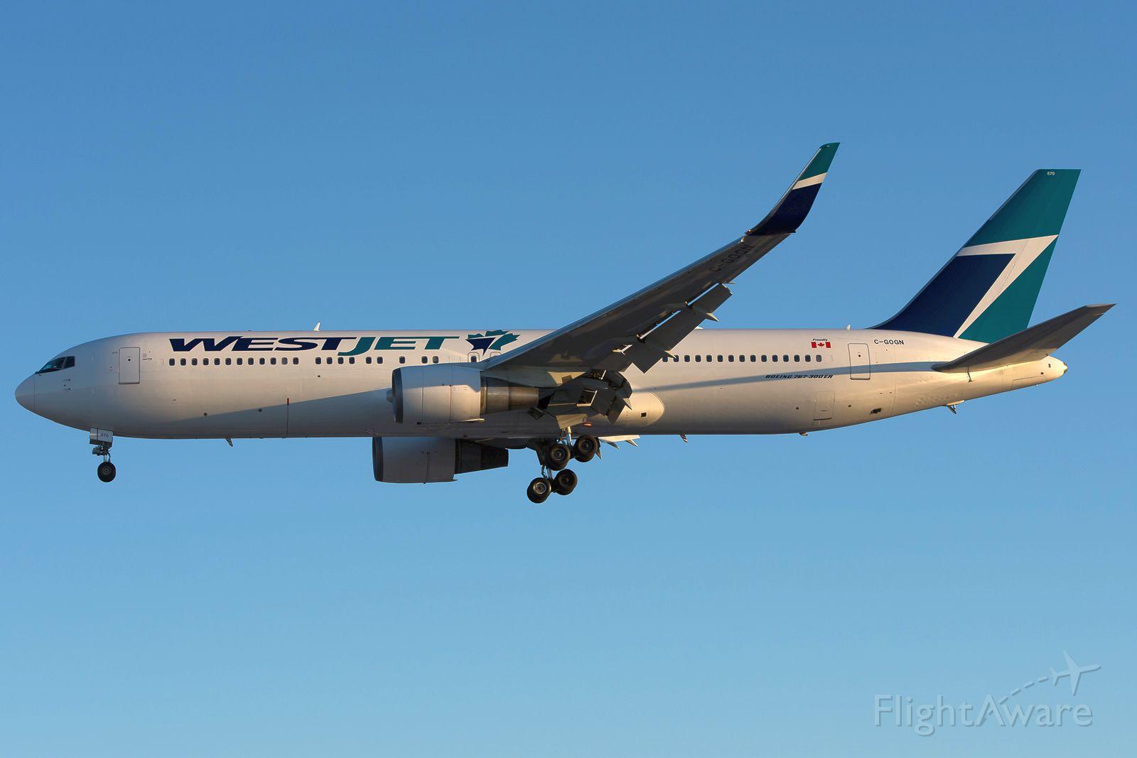 BOEING 767-300 (C-GOGN) - Westjet 763ER C-GOGN