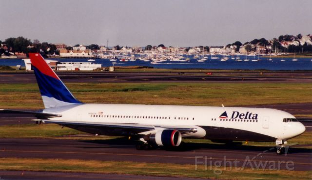 BOEING 767-300 (N188DN) - From August 21, 2000 - Wavy Gravy livery.