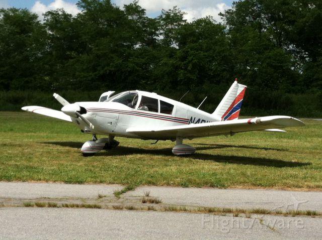 Piper Cherokee (N4811L) - Hendersonville airshow