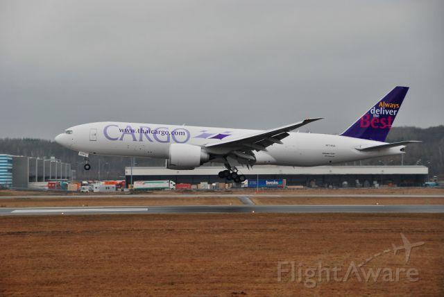 Boeing 777-200 (N774SA)