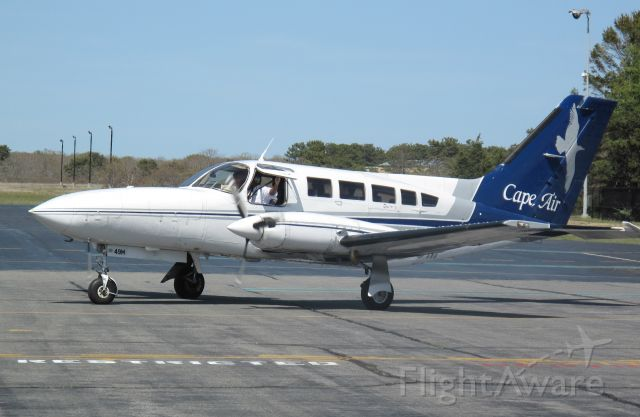 Cessna 402 (N3249M) - Cape Airs shuttle.