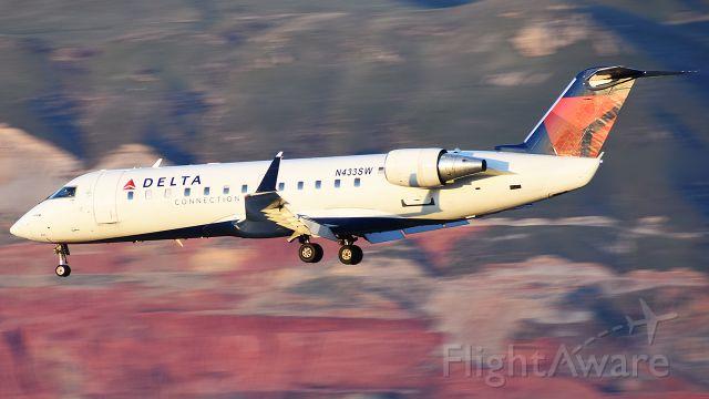 Canadair Regional Jet CRJ-200 (N433SW)