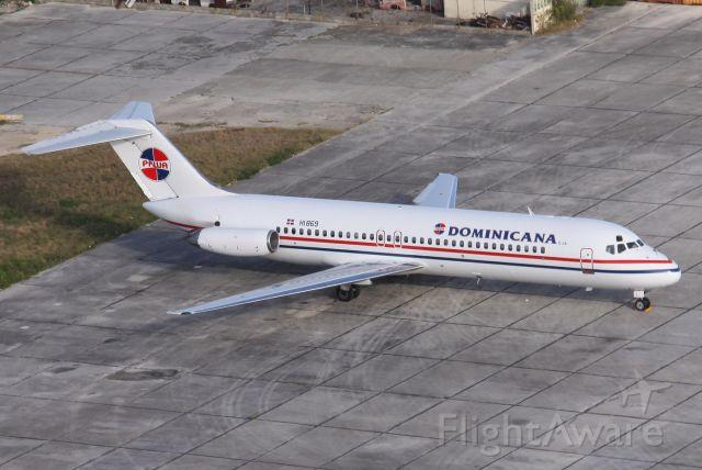 McDonnell Douglas DC-9-30 (HI869) - At Santo Domingos Las Americas Intl... First PAWAs DC9... photo taken by Juan Carlos Porcella