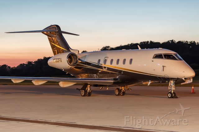 Bombardier Challenger 300 (N522FX) - Flexjet 522 spending the night on the ramp at Butler County Regional Airport.