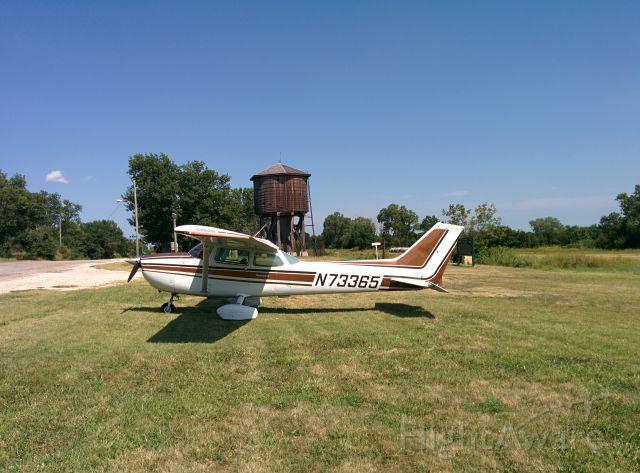 Cessna Skyhawk (N73365)