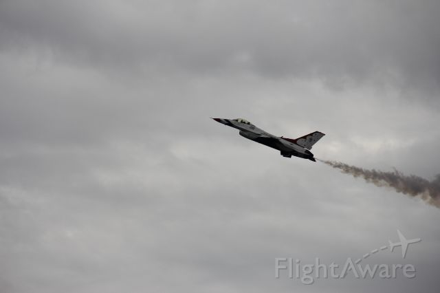Lockheed F-16 Fighting Falcon — - Atlanta airshow 2019