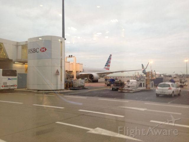 BOEING 767-300 (N838AN) - View of the American airlines Boeing 767-300 from the customs in France at Charles De Gaulle Airport.