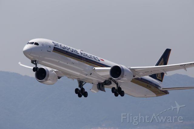 BOEING 787-10 Dreamliner (9V-SCA) - Singapore Airlines Boeing 787-10 (9V-SCA)