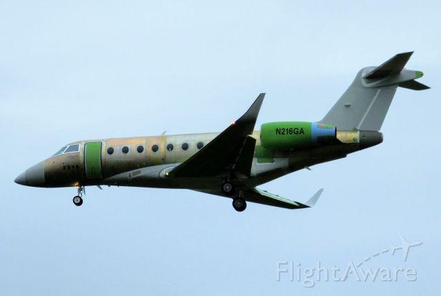 IAI Gulfstream G280 (N216GA) - G280 N216GA  on finals at Belfast International on ferry flight from Tel Aviv to Boston.