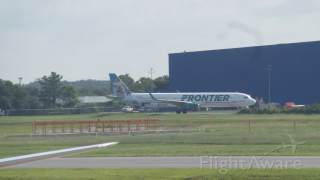 Airbus A321 (N717FR) - Frontier N717FR at Orlando/KMCO.