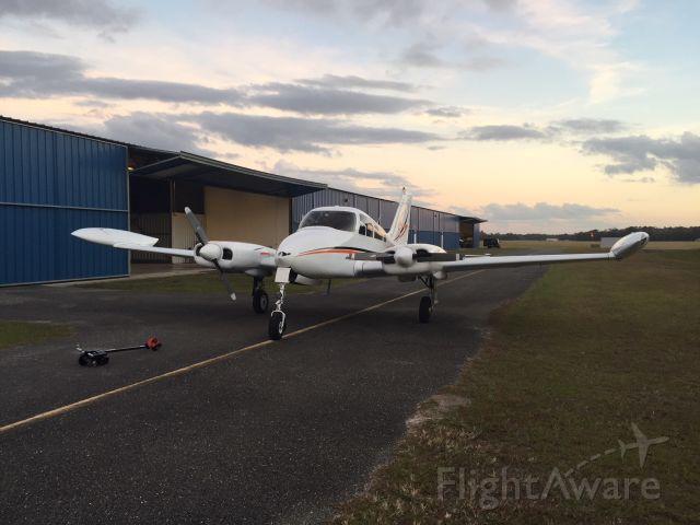 Cessna 310 (N8006M)