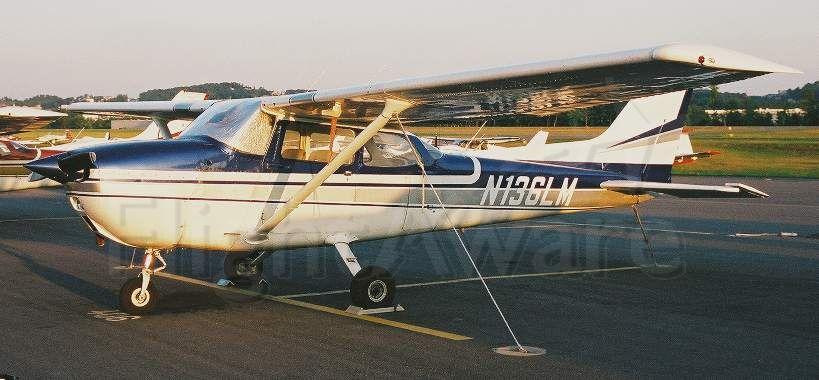 Cessna Skyhawk (N136LM)