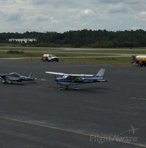 Cessna Skyhawk (N8873U)