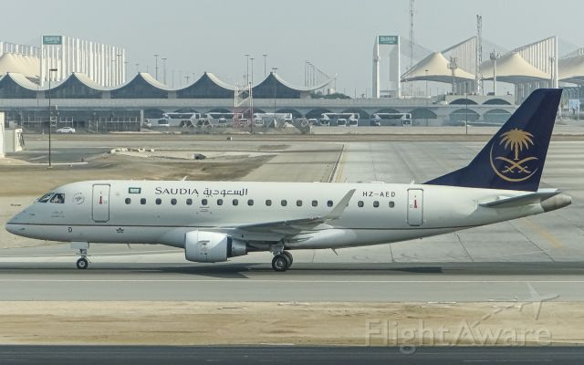 Embraer 170/175 (HZ-AED)