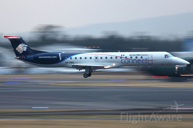 Embraer ERJ-145 (XA-ZAC)