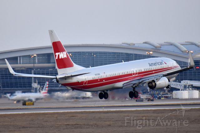 Boeing 737-800 (N915NN) - TWA Heritage Livery