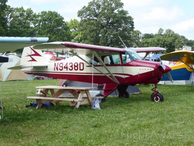 Piper PA-22 Tri-Pacer (N9438D)
