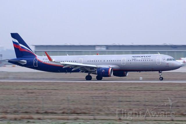 Airbus A321 (VP-BAZ)