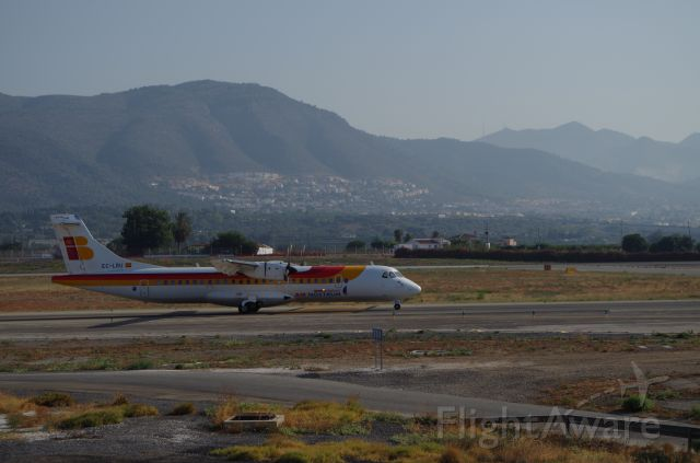 ATR ATR-72 (EC-LRU) - Taxing to takeoff, headed to Melilla