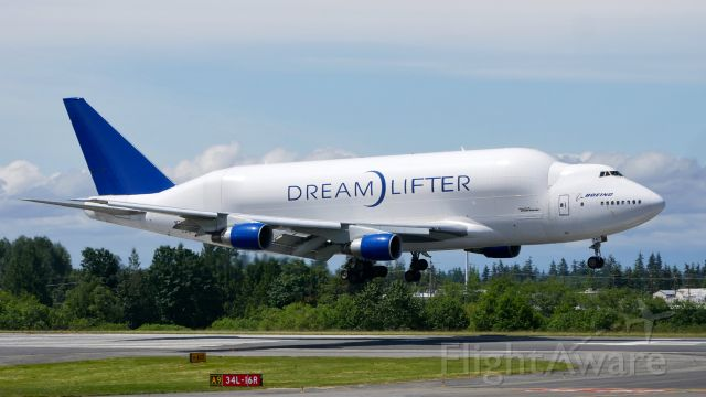 Boeing Dreamlifter (N747BC) - GTI4151 from NGO to PAE on short final to Rwy 34L on 6.3.20. (B747-4J6(BLCF) / ln 904 / cn 25879).