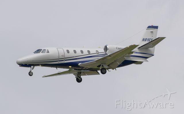 Cessna Citation Excel/XLS (N91GY) - Runway 20R arrival @KDPA.