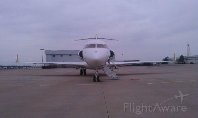 Bombardier Global Express (N381GX) - Global Express