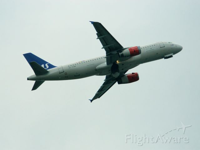 Airbus A320 (OY-KAM)