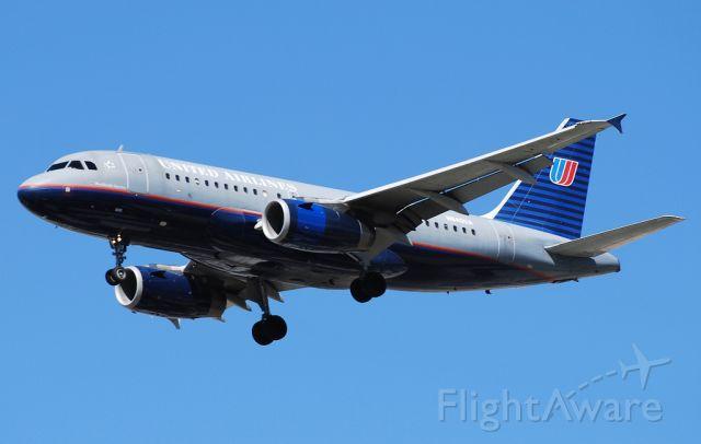 Airbus A319 (N840UA) - United Airlines Airbus A319-131 N840UA / 4040 (cn 1522)  Las Vegas - McCarran International (LAS / KLAS) USA - Nevada, 9-12-2010 Photo: TDelCoro