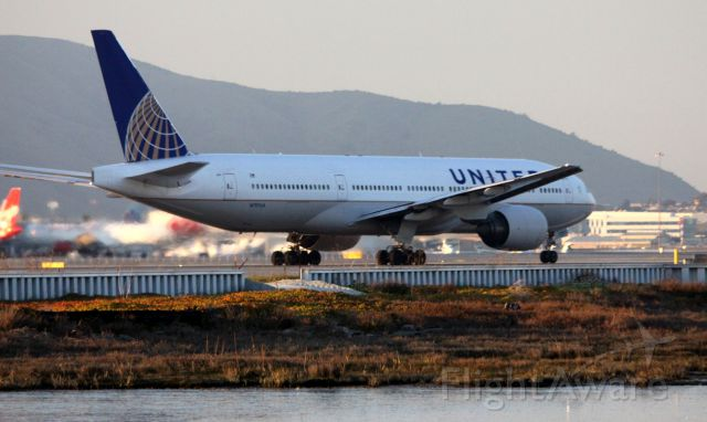 Boeing 777-200 (N797UA) - Taking off from 1R, to East Over KOAK, operating as UA 813 into DEN  01-31-2013