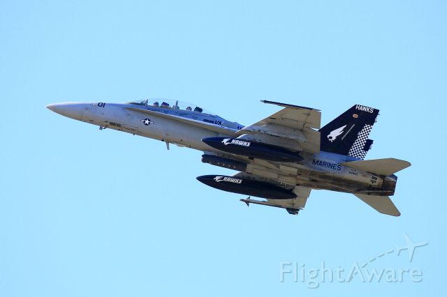 McDonnell Douglas FA-18 Hornet (16-4880)