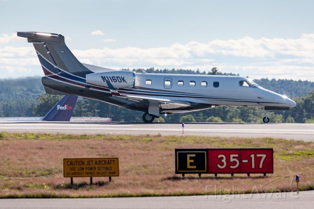 Embraer Phenom 300 (N116DK)
