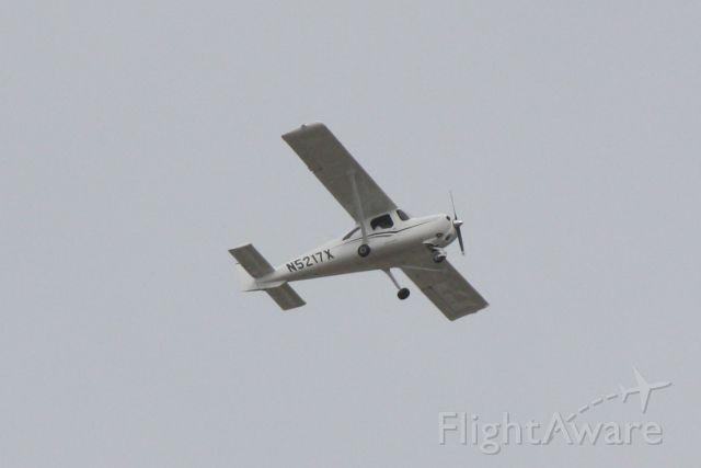 Cessna Skycatcher (N5217X) - Cessna Skycatcher (N5217X) departs Sarasota-Bradenton International Airport